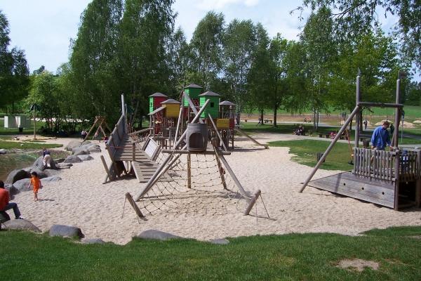 Kinder-Spielplatz am Untreusee Hof